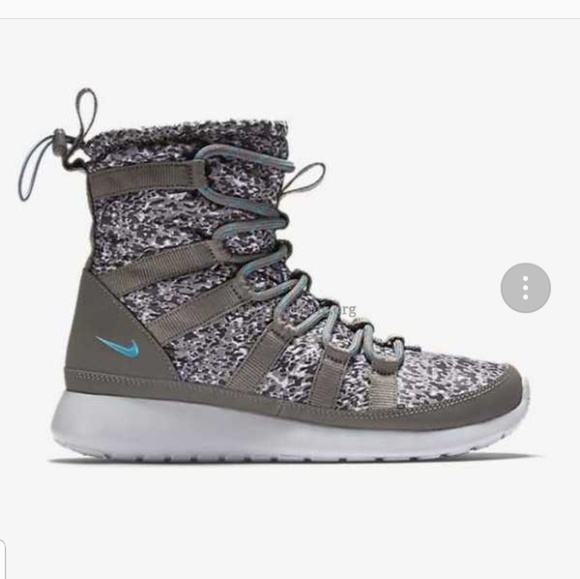 Women's Shoes Nike Roshe Run Hi SneakerBoot